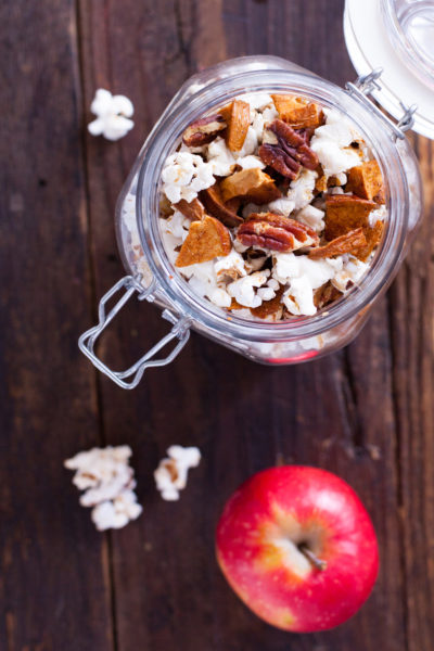 Healthy Cinnamon Popcorn Recipe with Apples and Pecans