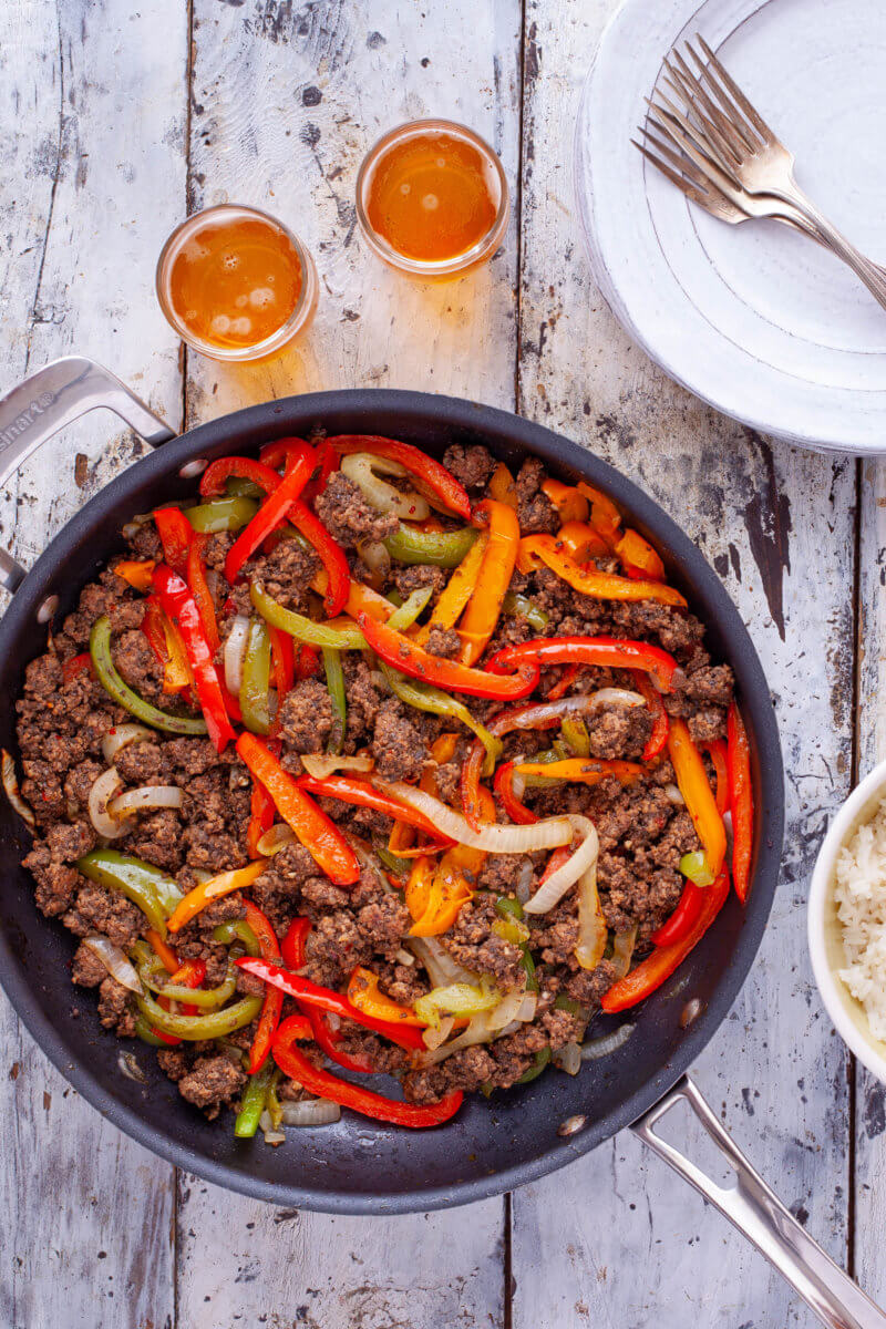 Ground beef fajitas skillet