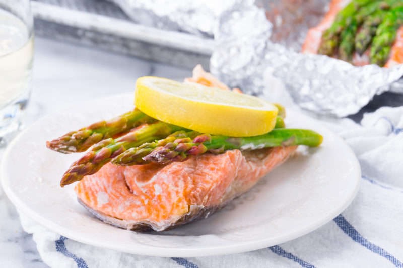 Baked Salmon Asparagus and Lemon