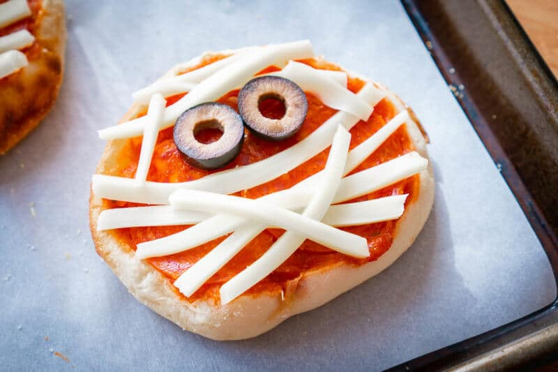English Muffin Pizza Mummy