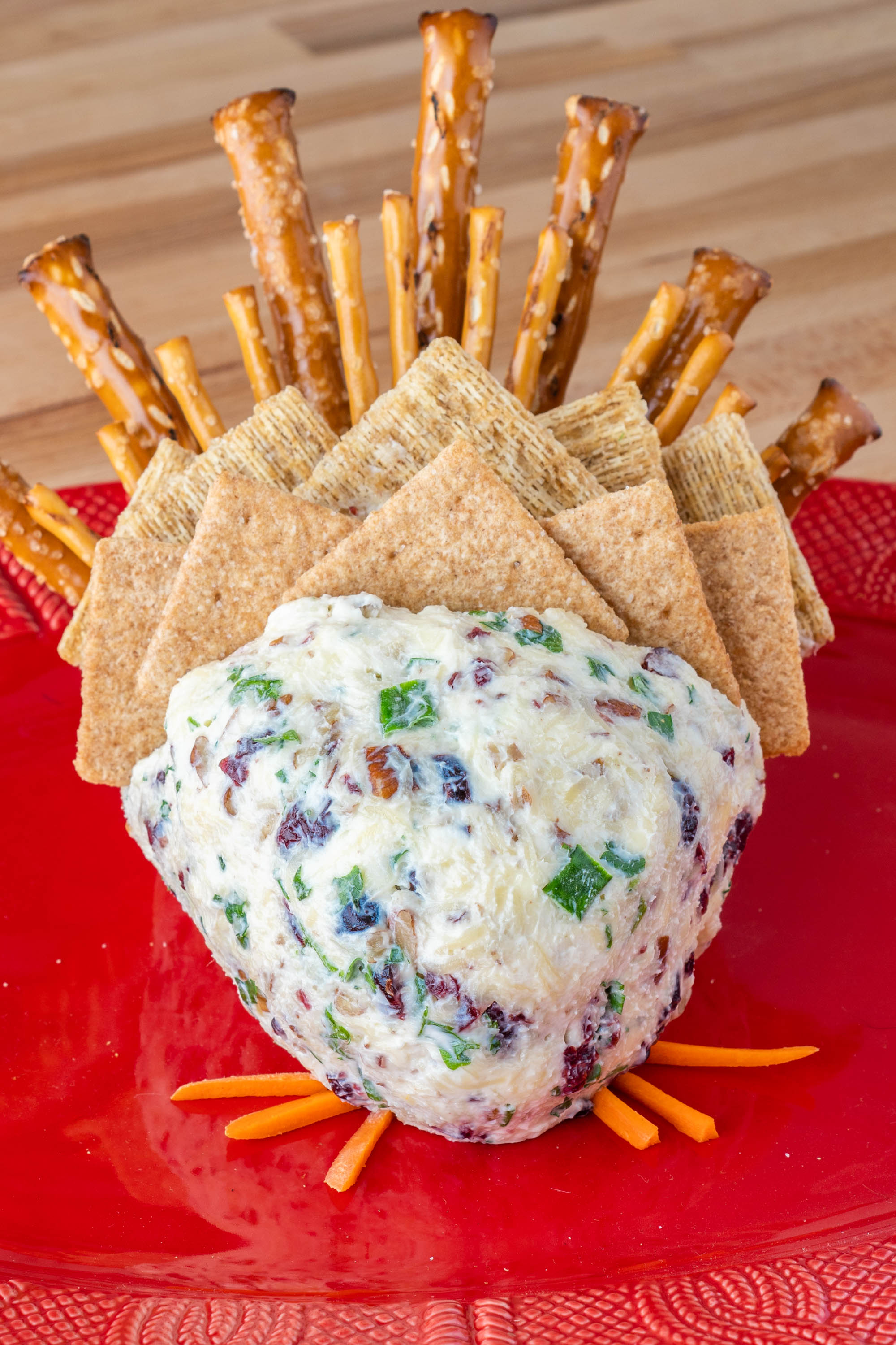 How to Make a Turkey Cheese Ball Thanksgiving Appetizer